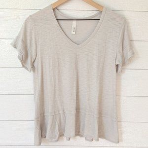 Jolie Gray Slub Knit V Neck Tee With Chiffon Hem S